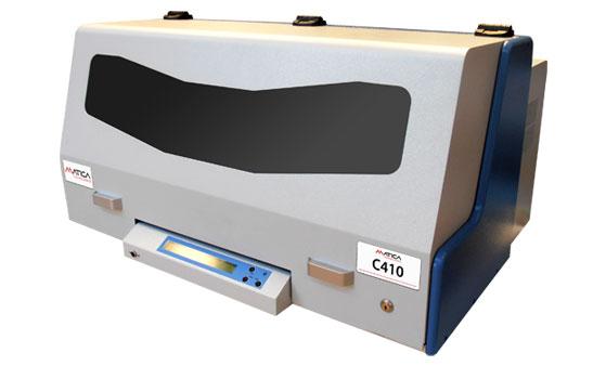C410 - Hochleistungs Prägesystem mit Stapelmagazinen für vollautomatische Schilder- zuführung-/ Ablage